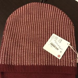 Lululemon on the go toque new with tags